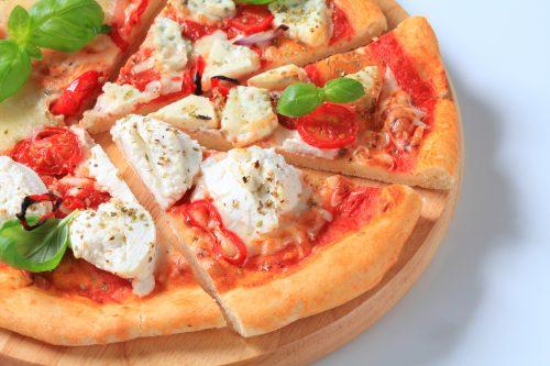 Pizza integral con champiñones y ricotta